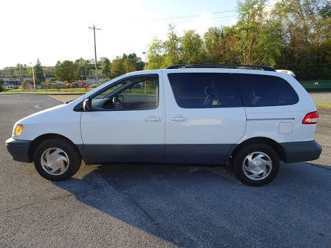 2001 Toyota Sienna Van LE  Walk Around, Tour, Engine, Start Up