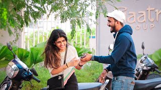 Yaha Mein  Pigal gayi  How to get her phone number    Oye It's Prank