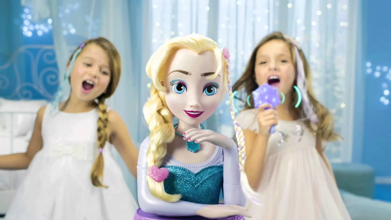 t te coiffer elsa reine des neiges disney imc toys youtube. Black Bedroom Furniture Sets. Home Design Ideas