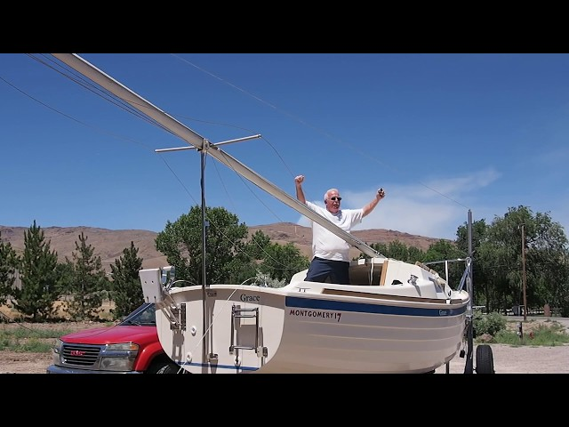 Catalina 22 Mast Lowering - Simple and Safe | TravelerBase