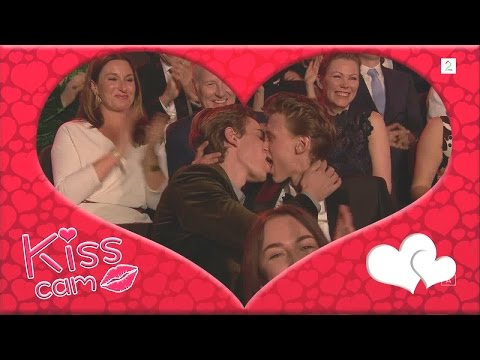 Isak & Even's beautiful kisscam-moment on Norwegian TV-awards
