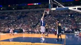 Il giocatore di basket piu alto del mondo