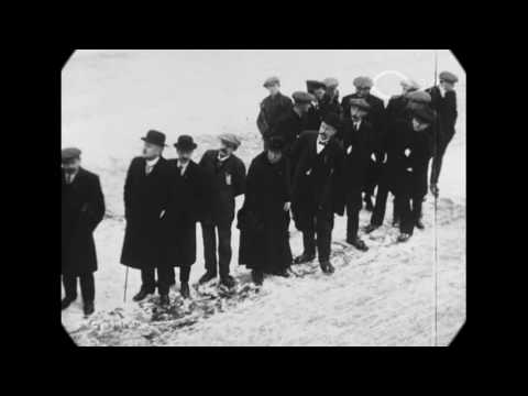 1917 - Skating Event in Gouda, South Holland (speed corrected w/ added sound)