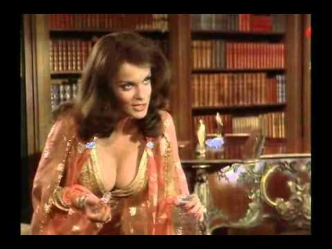 Ann Margret, The Vamp