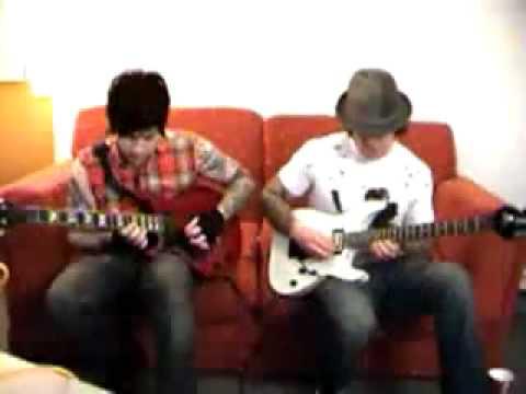 Zacky Vengeance & Synyster Gates On Guitar Tv