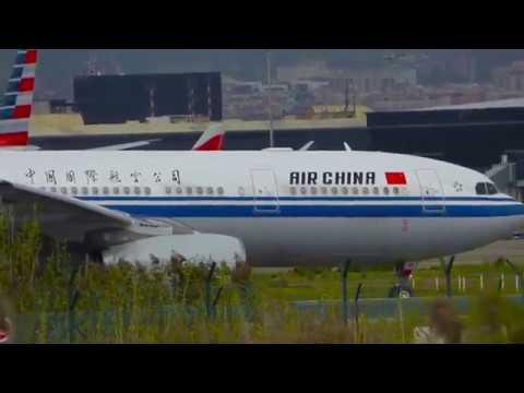 Air china A330-300 Taxi   Ryanair B737-800 Takeoff Barcelona Airport