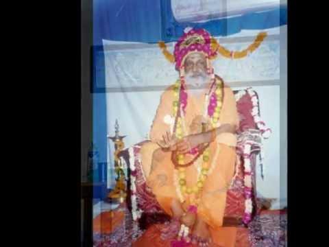 Sri Gurupädukä-Stotram - dedicated to Swämi Dayänanda Saraswati - by Ätmaprajnänanda Saraswati