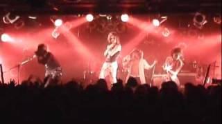 ゴールデンボンバー 2010年 FREE DVD「ultra PHANTOM・毒グモ女(萌え燃え編)」www savevid com