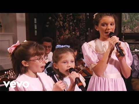 The Peasall Sisters - Farther Along (Official Live Video)