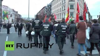 Germany: Watch anti-IS demo clog Berlin streets