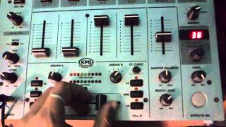 Mesa de Mezclas behringer djx 700 segunda mano
