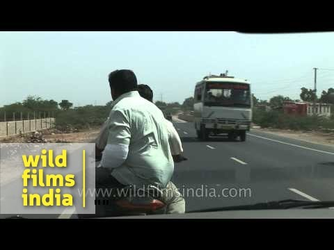 Travelling the roads of Gujarat - India