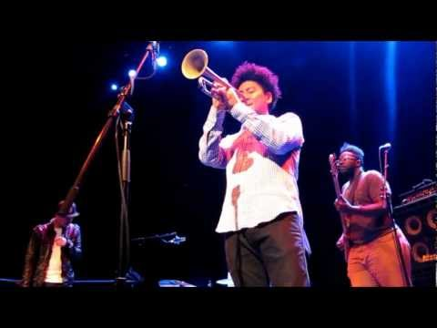 Jose James - Do You Feel (live @ Lantaren Venster Rotterdam)