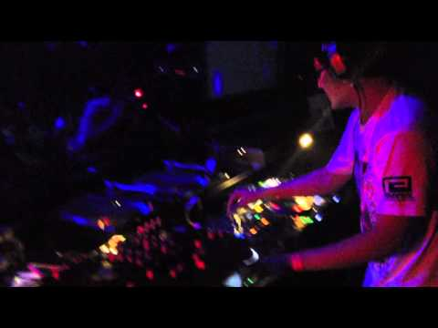 DJ WILDPARTY live at ageHa TOKYO