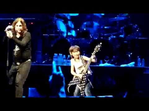 Ozzy doing CRAZY TRAIN with very young japanese guitarist Yuto Miyazawa