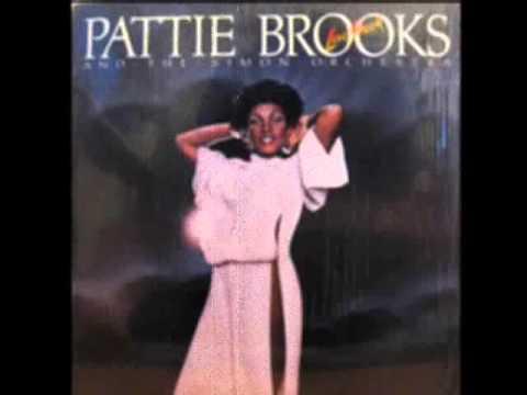 Pattie Brooks & The Simon Orchestra - Close Enough For Love
