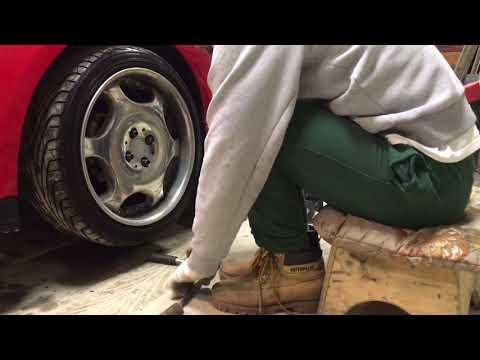 Замена передних стоек амортизатора Toyota Corolla E120,allex,runx🔧