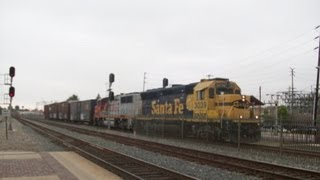 Railfanning Southern California - Fullerton - BNSF 3039 (Local) passes Metrolink 892  June 12, 2013