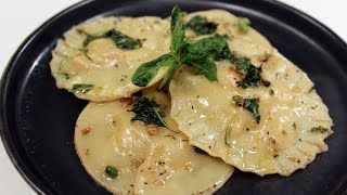 Chicken Cheese Ravioli With Basil Butter Sauce | Sanjeev Kapoor Khazana