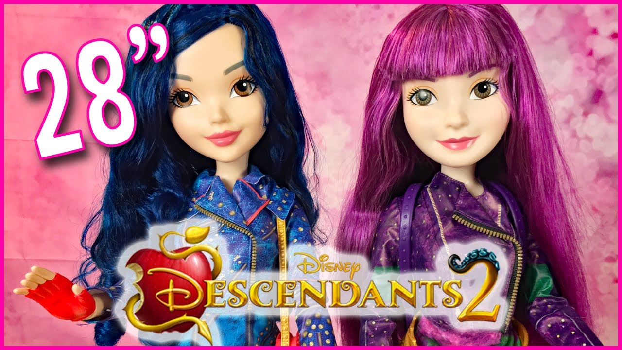 Descendants 2 Exclusive First Look 28 Quot Mal And Evie Dolls