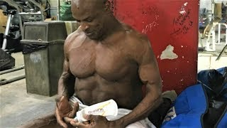 Ronnie Coleman Training 2018 | Do It Totally!