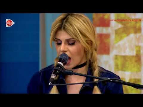 Melis Kar, Shape of You, Canlı Performans