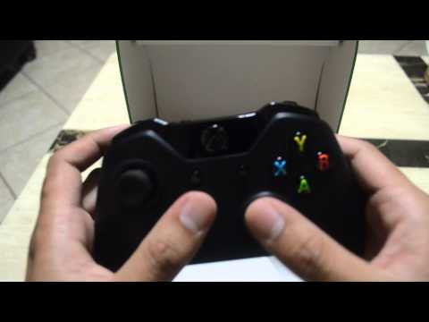 unboxing-xbox-one-wireless-controller-with-play-&-charge-kit