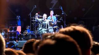 Light Years - Pearl Jam - Estadio Nacional - Santiago, Chile 04-11-2015 [HD]