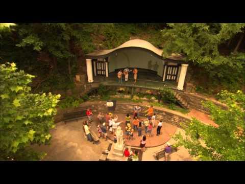 Explore the arts and culture of Arkansas