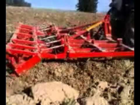 Attrezzatura per l 39 agricoltura coltivatore a molla mo for Di raimondo macchine agricole