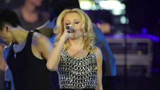 Анжелика Варум - Пожар - Концерт в Крокус Сити Холл 2011(, 2013-06-30T08:03:26.000Z)