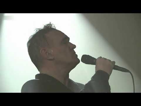 Morrissey - Back On The Chain Gang (The Pretenders Cover) (BBC 6 Music Show, October 2, 2017)