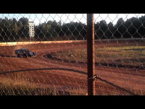 Dirt Modified at Tomahawk Speedway