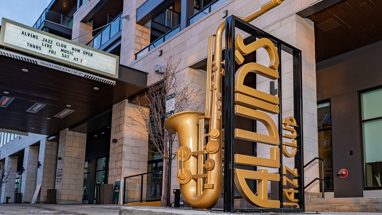 Making a 10-foot-tall Saxophone using FROG3D® 's advanced 3D CNC system