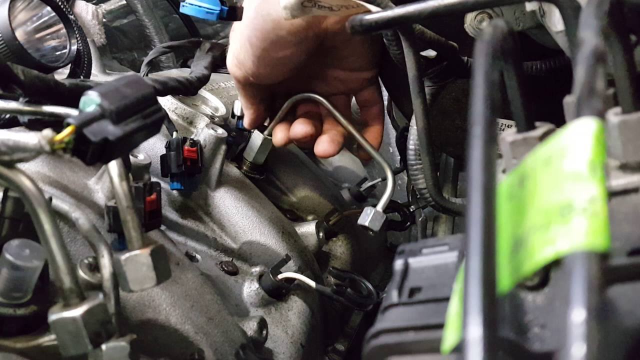 6 7 Power Stroke Injector Removal Youtube