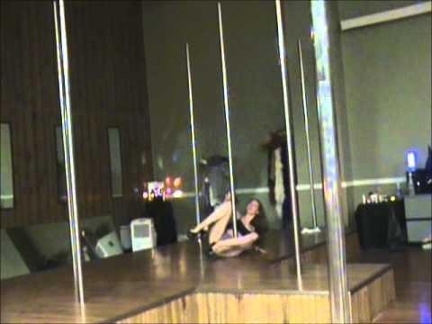 Pole dance Indianapolis - Paula 2010