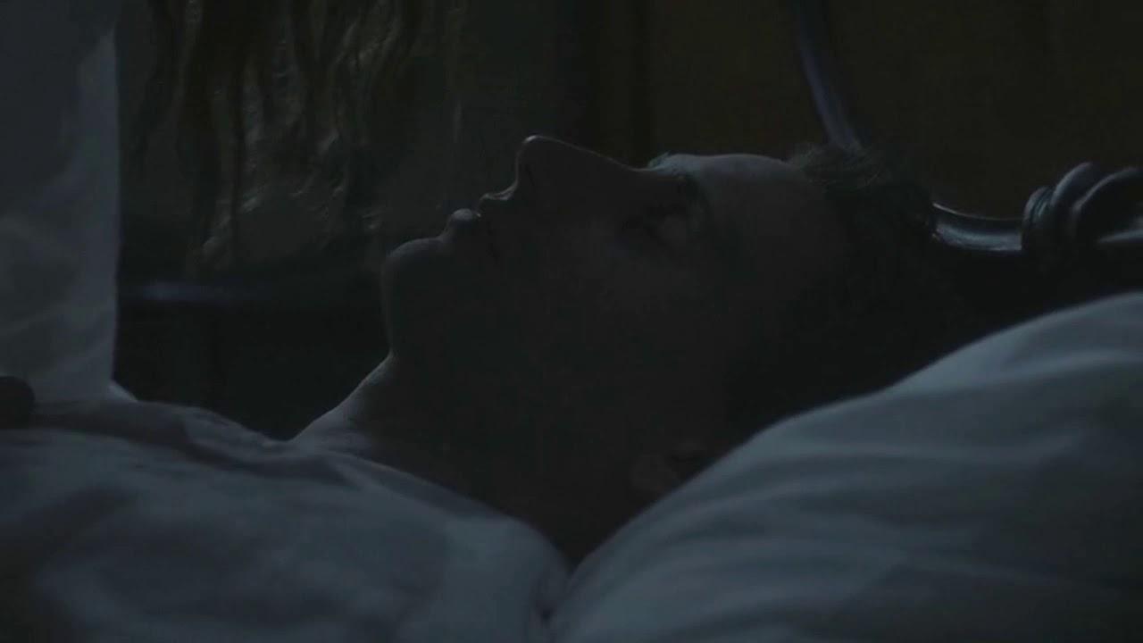Intercambiar Gastos de envío Retirada  Grace Marks and Dr.Jordan kiss (Edward Holcroft and Sarah Gadon) - YouTube