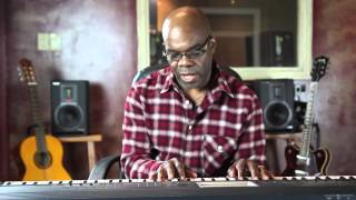 How to Play a Reggae Sound on the Piano : Piano Lessons