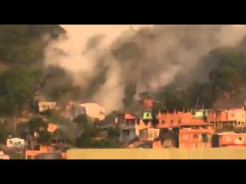 Упала скала в Бразилии  обрушился огромный камень на жилые дома