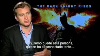 EL CABALLERO DE LA NOCHE ASCIENDE - Entrevista con Christopher Nolan - Oficial de Warner Bros.
