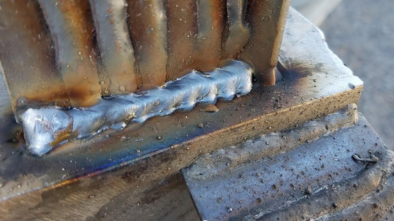 Flux Core Welding Wire >> Flux Core vs. Solid Wire and Gas MIG Welding Comparison - YouTube