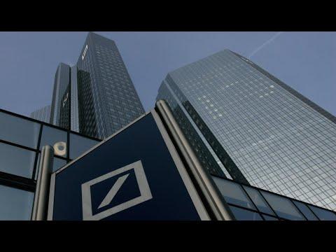 Deutsche Banks starts massive layoffs