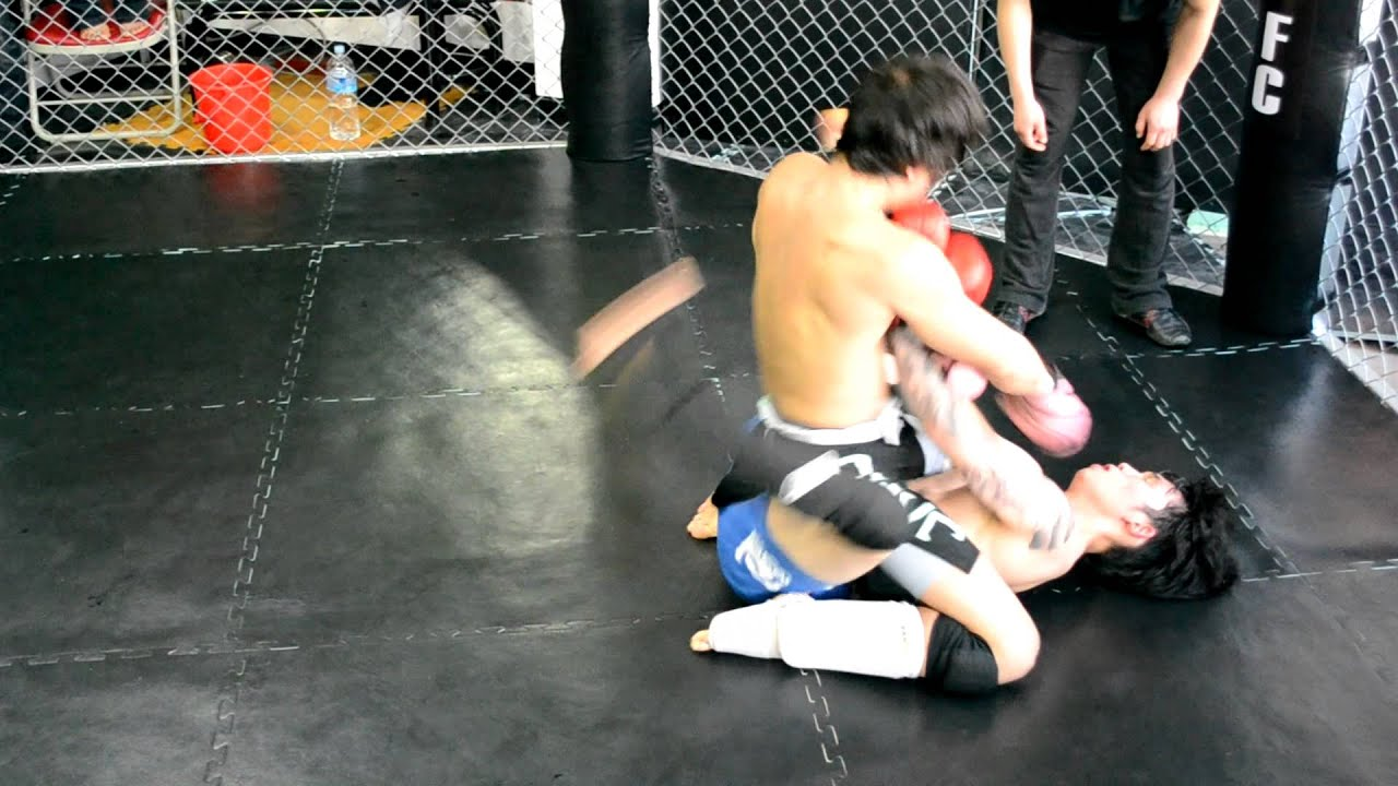 terrence chan at road fc's amateur fight in korea (r 3 of 3) march