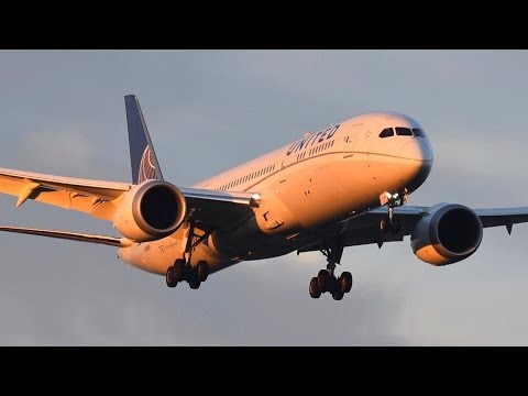 (1080p) Plane Spotting at Melbourne Airport Australia ● May 2016 Movements!
