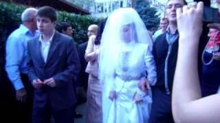 Осетинская свадьба(Невесту увозят..., 2009-11-28T17:59:26.000Z)