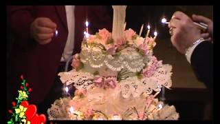 Горящий свадебный торт