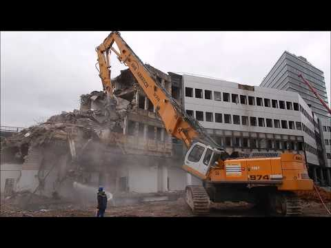 Excavator Liebherr 974 longfront demolition and CAT 390 and CAT 352 and CAT 330