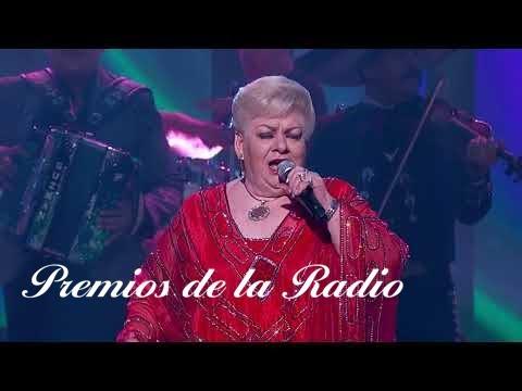 Homenaje a Paquita la de Barrio en Premios de la Radio 2017