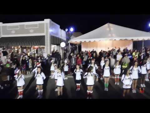 Canyon Lake Middle School Cheerleaders @ Winterfest 2018