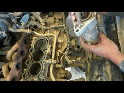 Car Self Starter repair. Self starter maintenance.
